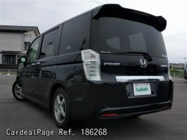 HONDA STEPWAGON RK5 Big2