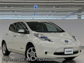 NISSAN LEAF ZE0 Big1