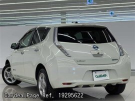 NISSAN LEAF ZE0 Big2