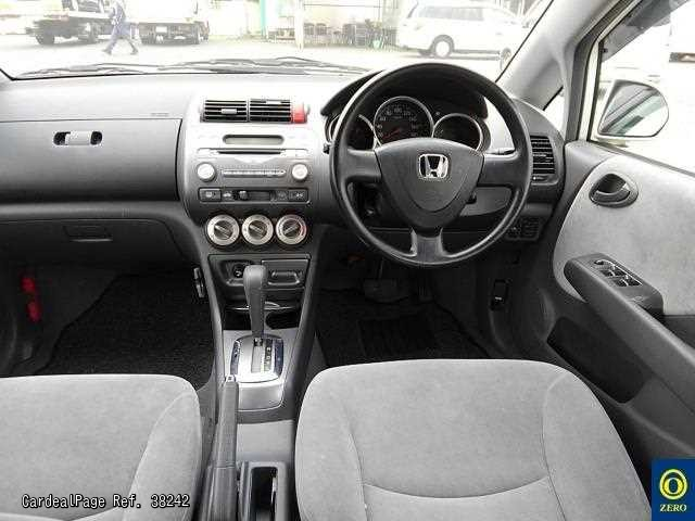 2009 Mar Used Honda Fit Aria Gd8 1502761 Ref No 38242 Japanese