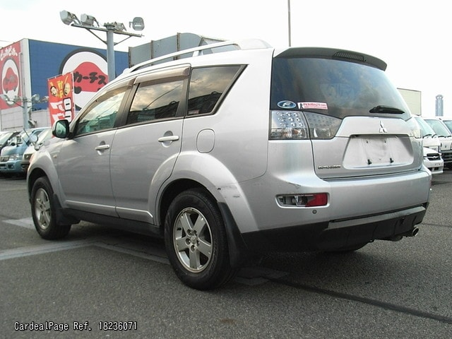 2007/Jan Used MITSUBISHI OUTLANDER DBA-CW5W Engine Type 4B12 Ref No